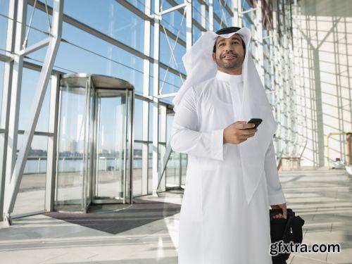 صورة عاليه الجودا رجال اعمال العرب iStockPhoto Arab Business ميديافاير,بوابة 2013 1378125728_istock_00