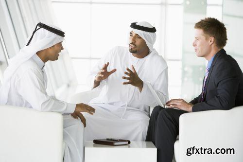 صورة عاليه الجودا رجال اعمال العرب iStockPhoto Arab Business ميديافاير,بوابة 2013 1378125729_istock_00