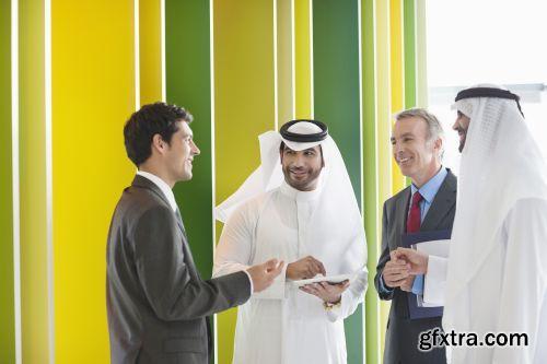 صورة عاليه الجودا رجال اعمال العرب iStockPhoto Arab Business ميديافاير,بوابة 2013 1378125789_istock_00