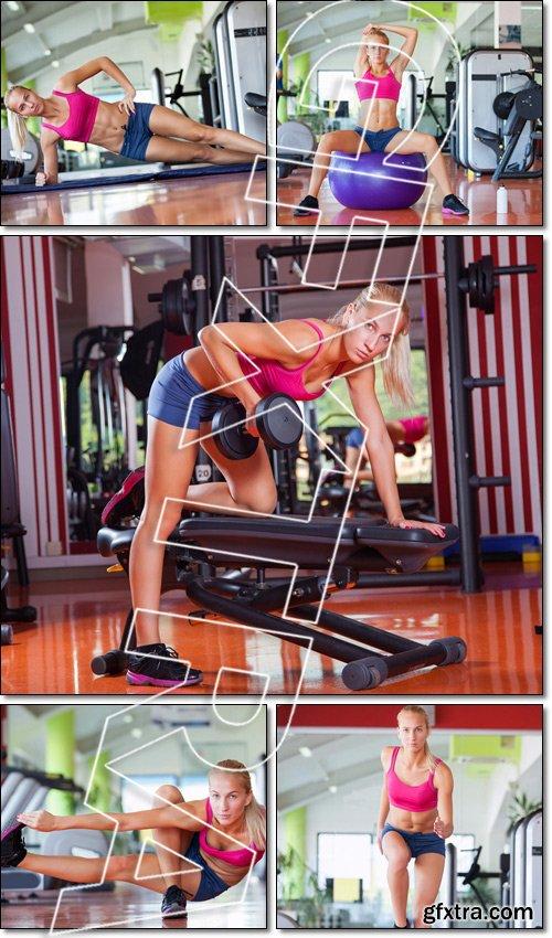 Aerobics step class, gym training - Stock photo