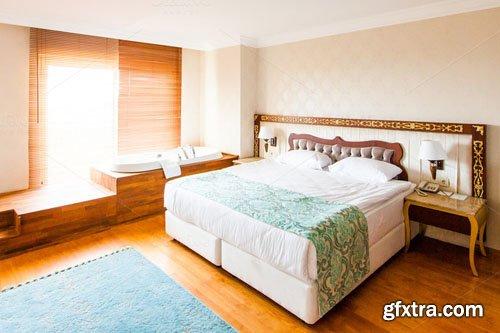 Luxury Hotel Room with a Bathtub - CM 299798