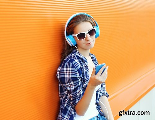Pretty cool girl - 6 UHQ JPEG