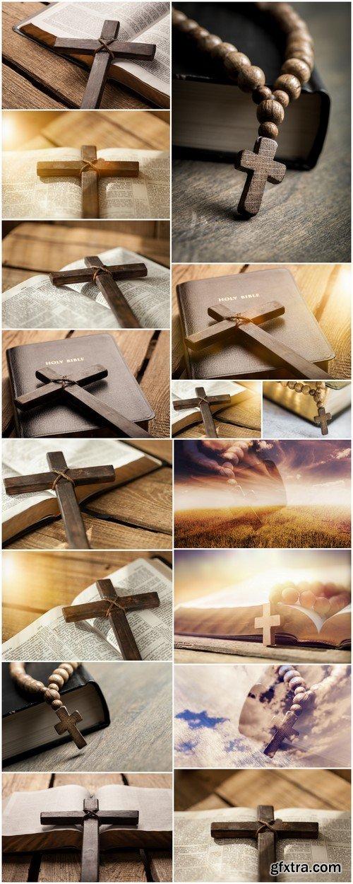 Cross on bible 16X JPEG