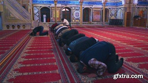Men praying in mosque 4