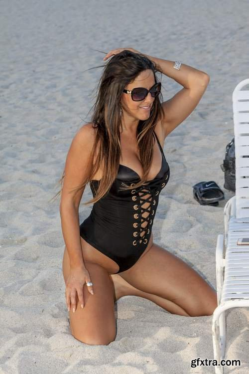 Claudia Romani on South Beach in Miami 2-5-2017