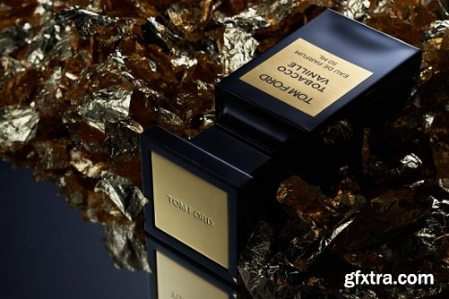 Photigy - Product Photography Tutorial: BTS of Tom Ford – Tobacco Vanille shot
