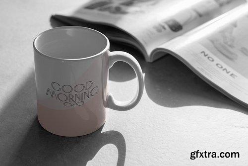 Mug Mock-Up\'s Shadows Collection