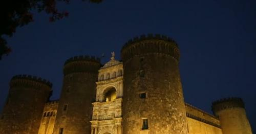 Panoramic View of Medieval Castel Nuovo in The Evening, Attractions in Naples - LYGRDZK