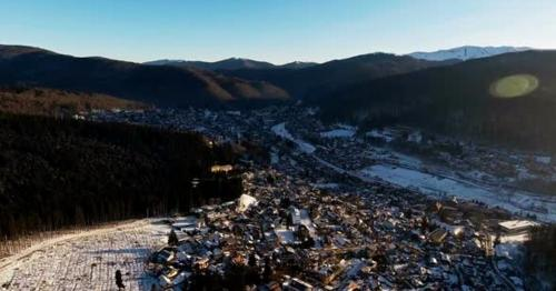 Winter Sunrise Over Mountain City - JVYT8KB