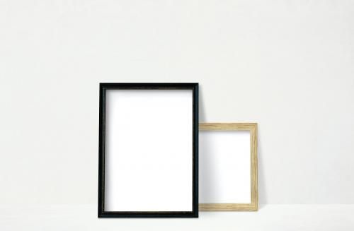 Frame mockups against a wall - 586045
