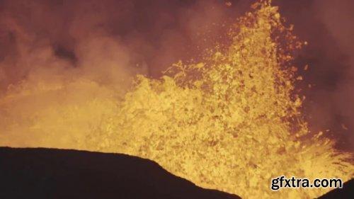 Erupting Fagradalsfjall Volcano 1012179