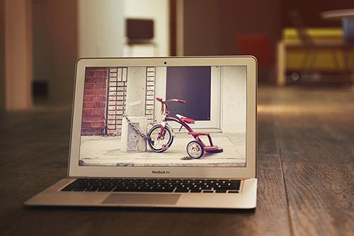 PSD Source - MacBook Air MockUp Vol.2